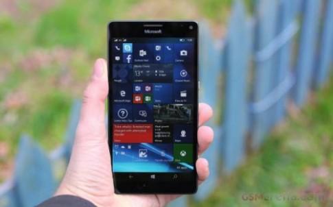 Lumia 950 XL: Sáng tạo chứ chưa hoàn hảo