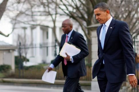 Lý do làm nên phong cách giản dị của Tổng thống Obama