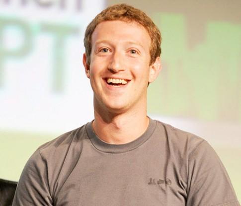 Mark Zuckerberg hứa ngăn lời mời chơi game Candy Crush
