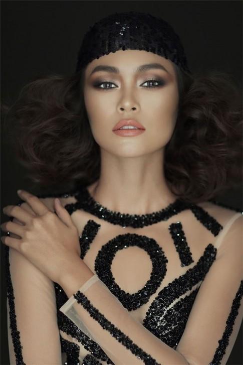 Mâu Thủy đóng quảng cáo cùng thiên thần Victoria's Secret