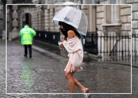 Mẹo phơi khô quần áo nhanh chóng khi trời mưa dài ngày
