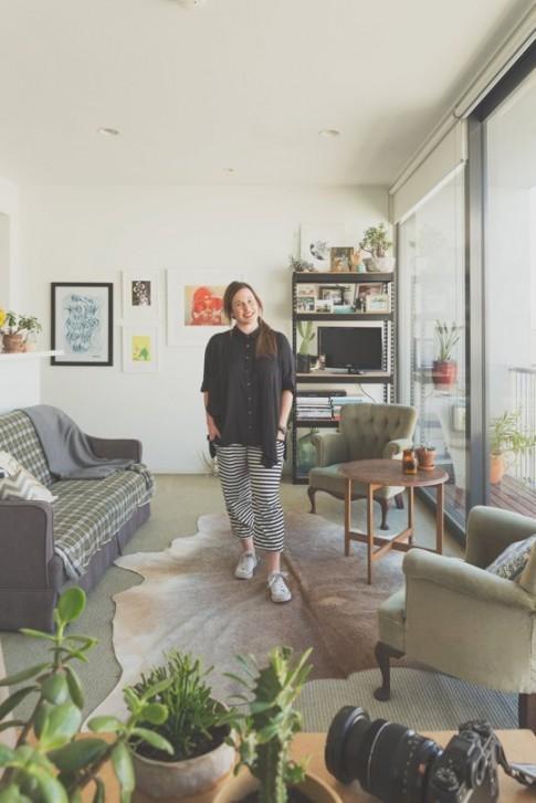 Nhà nhỏ 2 phòng ngủ của nàng nghệ sĩ độc thân