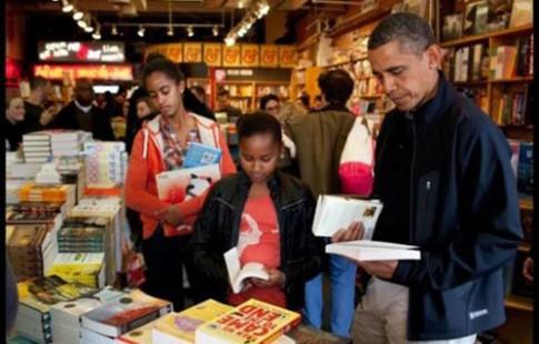 Obama lo con gái dùng Facebook hơn cả hẹn hò