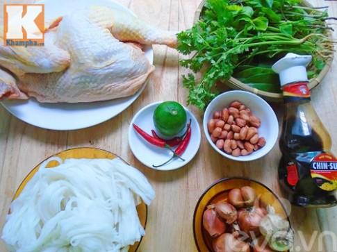Phở gà trộn đơn giản cho bữa sáng