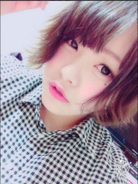 Sốc với khuôn mặt không phấn son của hot girl Nhật Bản