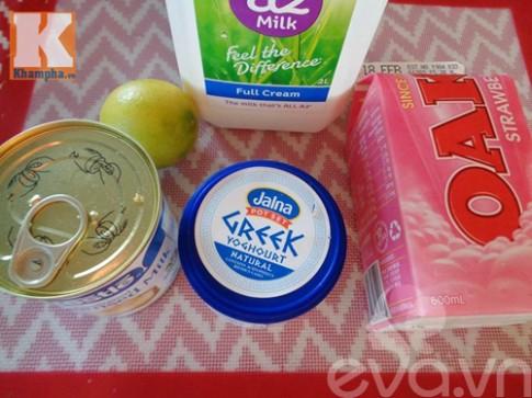 Sữa chua dâu thơm ngon mát lạnh
