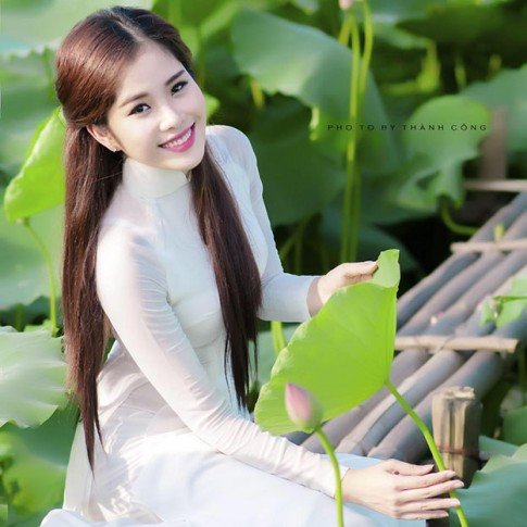 """Thích thú ngắm 5 """"bản sao"""" hoàn hảo của hoa hậu Việt"""