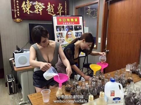 Trà sữa trân châu Đài Loan đựng trong bóng đèn gây sốt