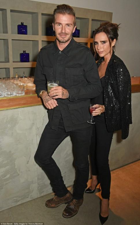 Vợ chồng David Beckham nhòm ngó dinh thự 375 năm tuổi