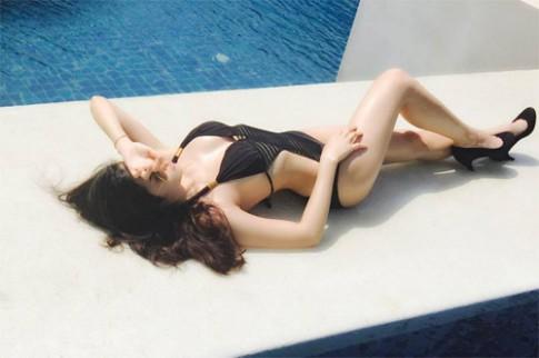 Vóc dáng sexy đến nghẹt thở của 'bà mẹ 1 con' Hà Nội