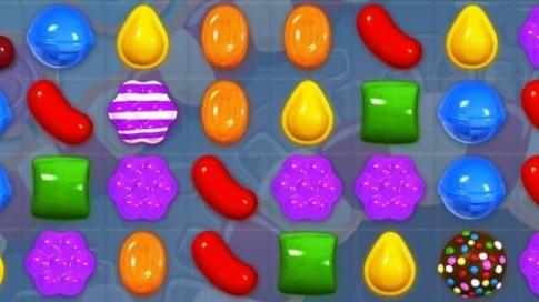 Windows 10 se cai dat san game keo ngot Candy Crush Saga