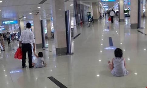Xác minh tin bé gái bị bạo hành ở sân bay Tân Sơn Nhất
