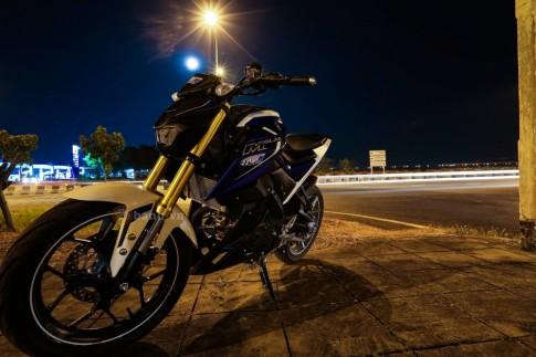 Yamaha M-Slaz và Nmax 155 so dáng cùng màn đêm