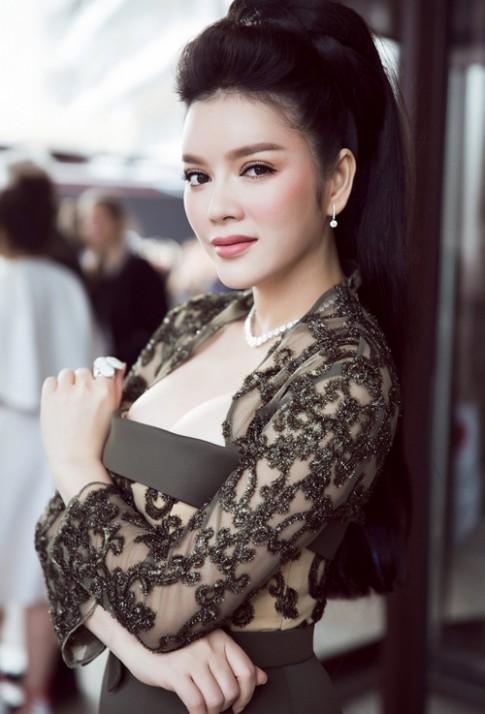 """14 sự cố váy áo """"để đời"""" của mỹ nữ ở LHP Cannes"""