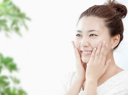 5 lời khuyên khi rửa mặt để làn da luôn mịn màng