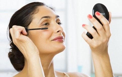 7 lưu ý giúp phụ nữ trung niên đẹp rạng ngời