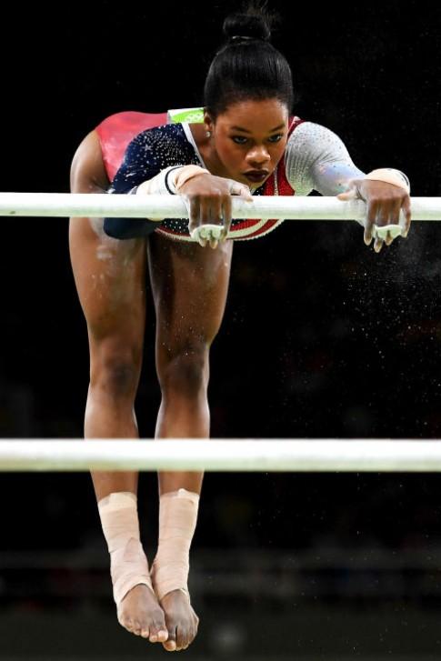 Bi quyet lam dep cua nhung bong hong Olympic