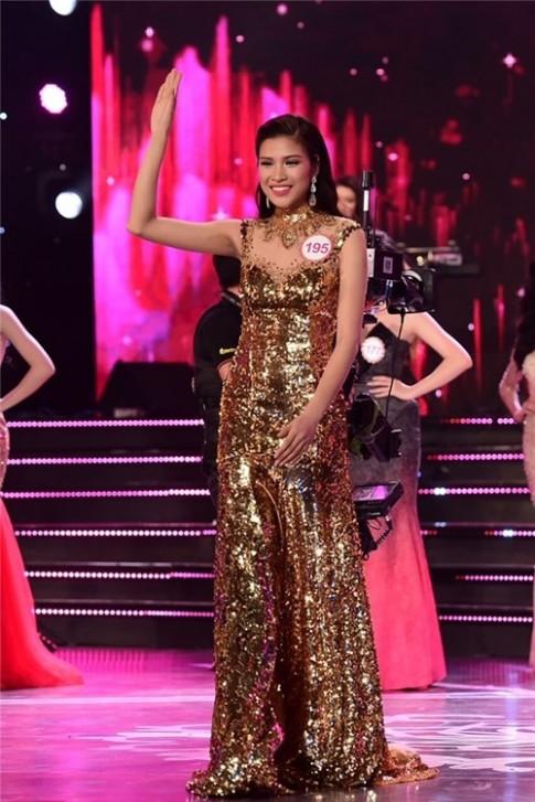 BTC Hoa hậu Việt Nam 2016 ép học trò Phạm Hương nói dối?