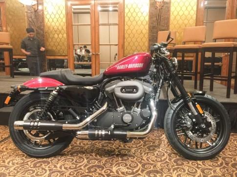 Cận cảnh Harley-Davidson Roadster mới vừa ra mắt tại Việt Nam