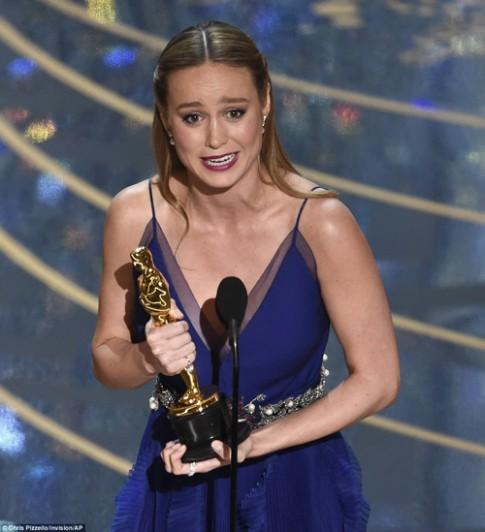 Chế độ khắc nghiệt của mỹ nữ King Kong vừa đoạt Oscar