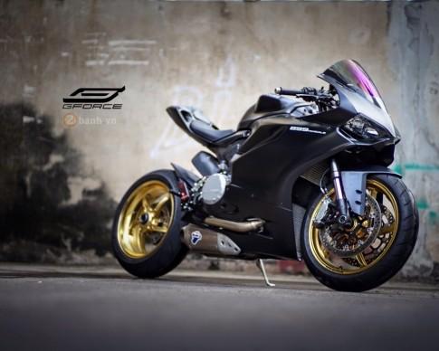 Chiếc Ducati 899 Panigale trong bản độ đầy ấn tượng sau tai nạn
