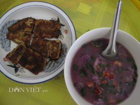Dân dã canh tép khoai mỡ ăn với cá lóc muối sả ớt chiên