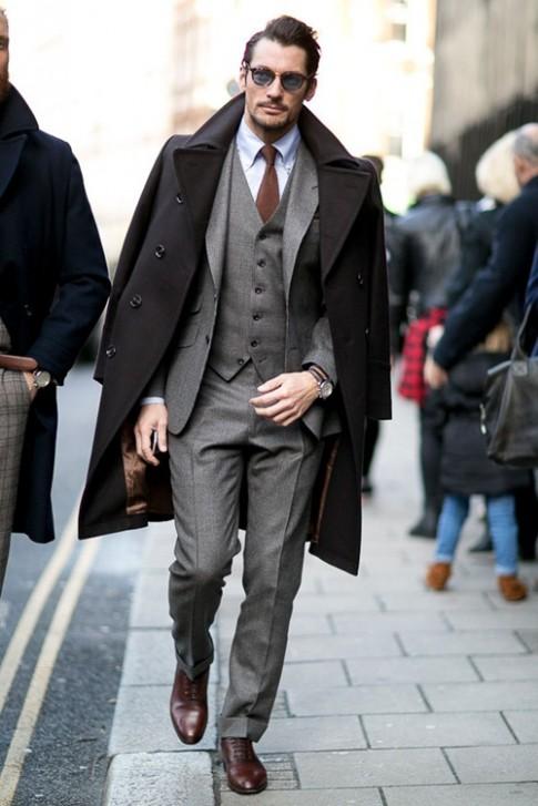 Giày và dây nịt của quý ông có cần ăn nhập với nhau?