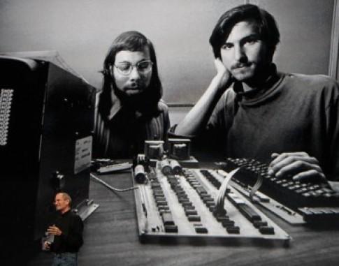 Hình ảnh về những ngày đầu của Apple trước khi trở thành công ty có gi