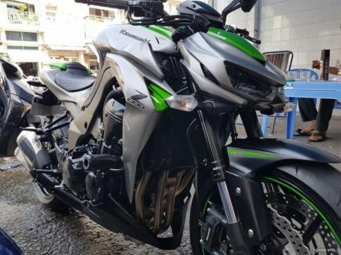 Kawasaki Z1000 sx 12/2015 màu xám xanh mới 99,9%