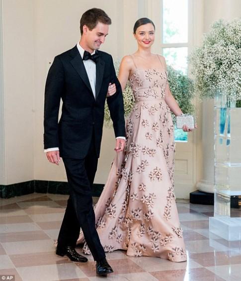Miranda Kerr xinh đẹp hoàn hảo bên bạn trai tỷ phú