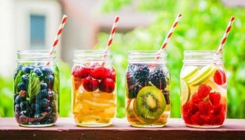 Muốn khỏe đẹp hãy uống thêm một ly nước mỗi ngày
