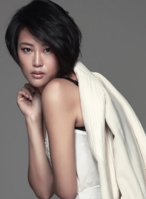 Người mẫu Đài Loan chết đuối khi chụp ảnh dưới nước