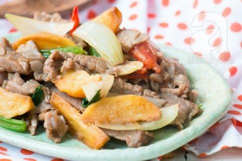 Thịt bò xào khoai tây ngon lạ cho bữa tối