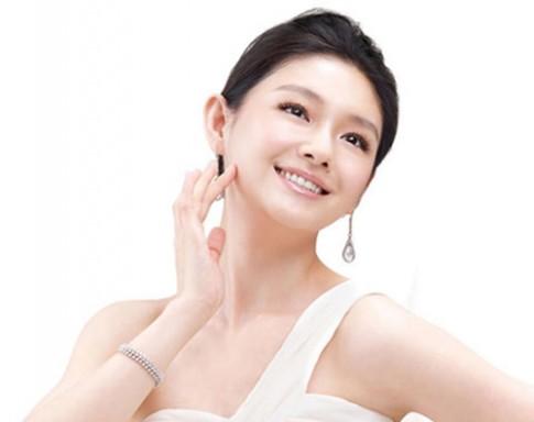 Tự làm mặt nạ nghệ giúp trẻ hóa làn da