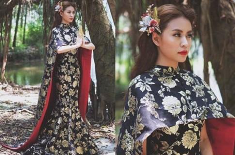 Váy Hoàng Thùy Linh mặc bị phát hiện giống Phạm Băng Băng