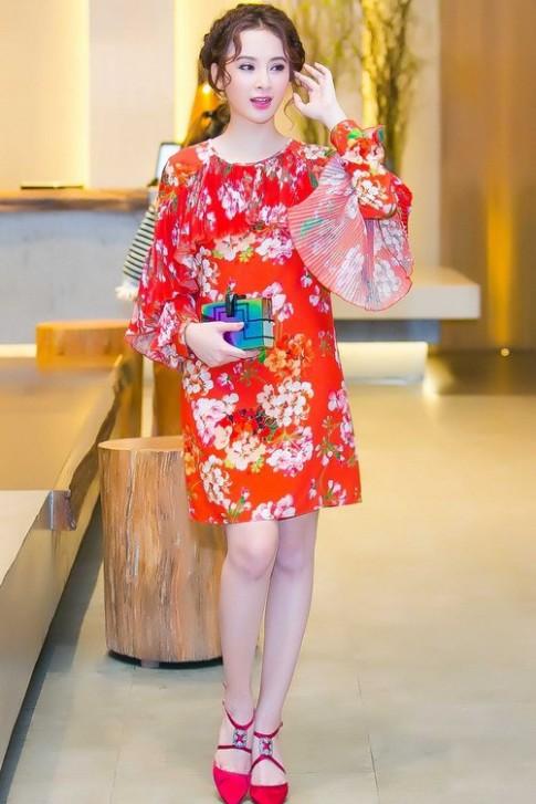 Váy hot nhất tuần: Đầm 50 triệu của Angela Phương Trinh