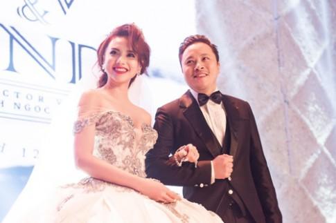 Váy hot nhất tuần: Đầm cưới 20kg của Đinh Ngọc Diệp