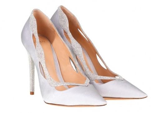 10 đôi giày Lọ Lem ngoài đời thực