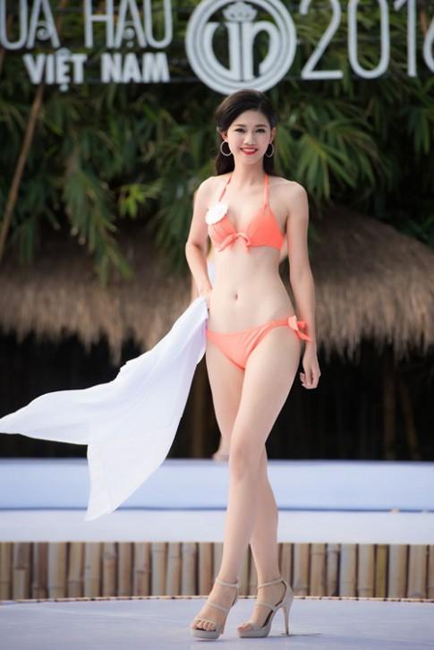 """3 mỹ nữ của Hoa hậu VN nóng """"bỏng mắt"""" hậu giảm cân"""