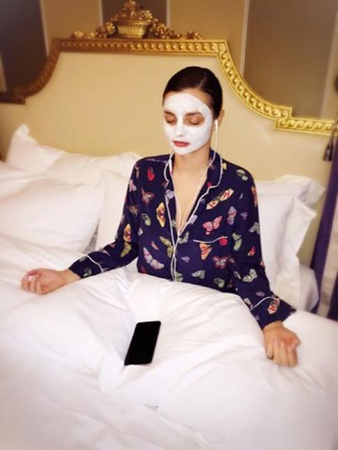 4 bí quyết vàng giúp Miranda Kerr đẹp như gái đôi mươi