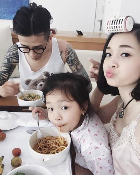 4 gia đình Việt 'soái ca yêu mỹ nữ, sinh con thiên thần'