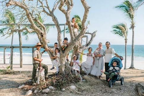 7 gia đình mang con đi vòng quanh thế giới gây ngưỡng mộ