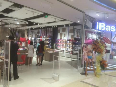 Choáng ngợp: Nhỏ mà Lớn với shop đồ nhỏ lớn nhất Việt Nam.