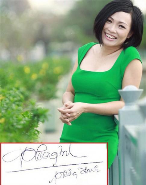 """Chữ kí """"bá đạo"""" của hàng loạt mỹ nhân Việt"""