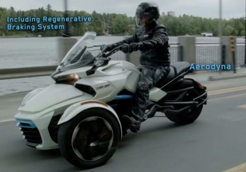 [Clip] Siêu mô tô 3 bánh Can-Am Spyder F3-S E Concept chạy điện chính thức lộ diện