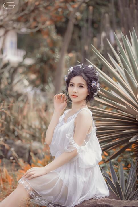 """Cô gái 9x Việt xinh như """"thần tiên tỷ tỷ"""" Lưu Diệc Phi"""