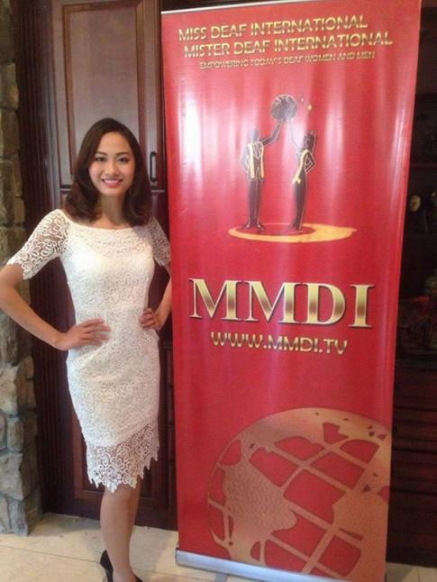 Cô gái Việt 21 tuổi đạt Á hậu 2 Hoa hậu Điếc quốc tế 2016