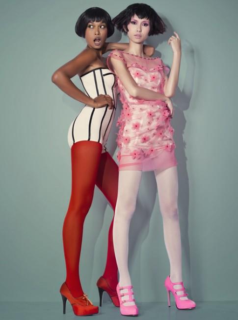 Công Trí thiết kế váy lưới hè đầy màu sắc