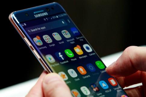 Galaxy Note 7 qua mặt iPhone 6s Plus về thời lượng pin