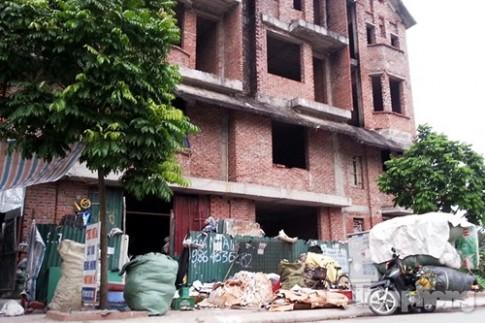 Hà Nội: Biệt thự tiền tỷ làm nơi thu mua đồng nát